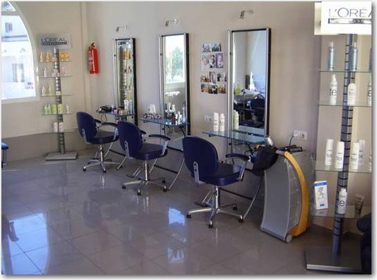 Champi Siriwrdana Salon - Negombo