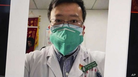 Doctor's Death Unleashes Mourning, Fury at Chinese Officials
